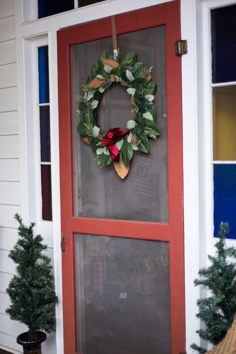 DSC_2388-1 Lowcountry Porch Tour: Farmhouse Christmas Style