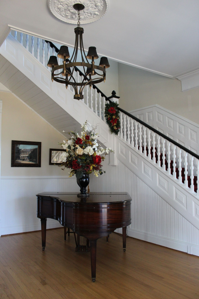 IMG_0092-1440x2160 HBCU Holiday House: Wiley College Christmas Decor Tour