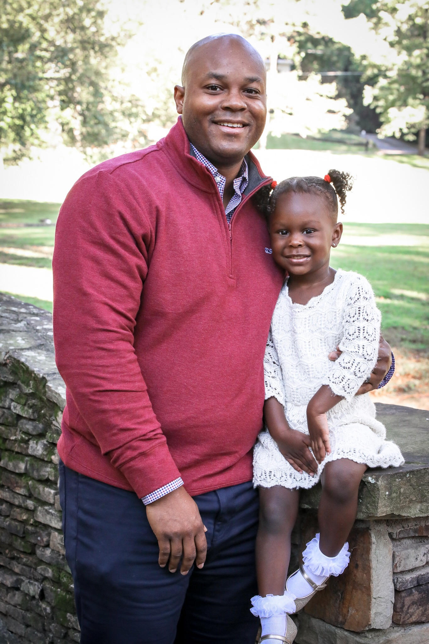 image1-4 Daddy's Girl: Father Daughter Holiday Photos We Love
