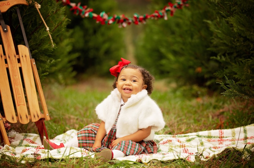 image4-4 Black Southern Belle Baby Holiday Photos We Love
