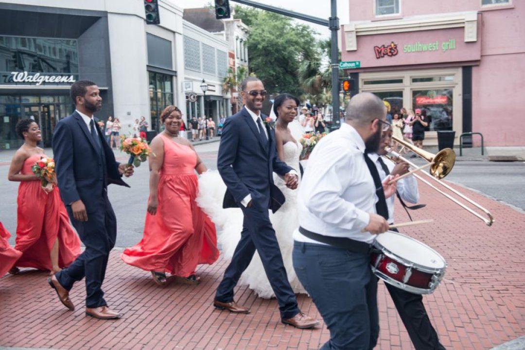 2ur656rjzhsu4nw8qt78_big-1440x961 Charleston, SC Spring Wedding at Francis Marion Hotel