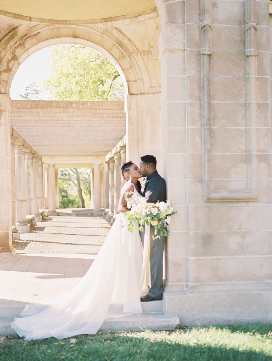 4rgh5cfcv8dbd2kgr404_big Kansas City, Missouri Outdoor Wedding Inspiration