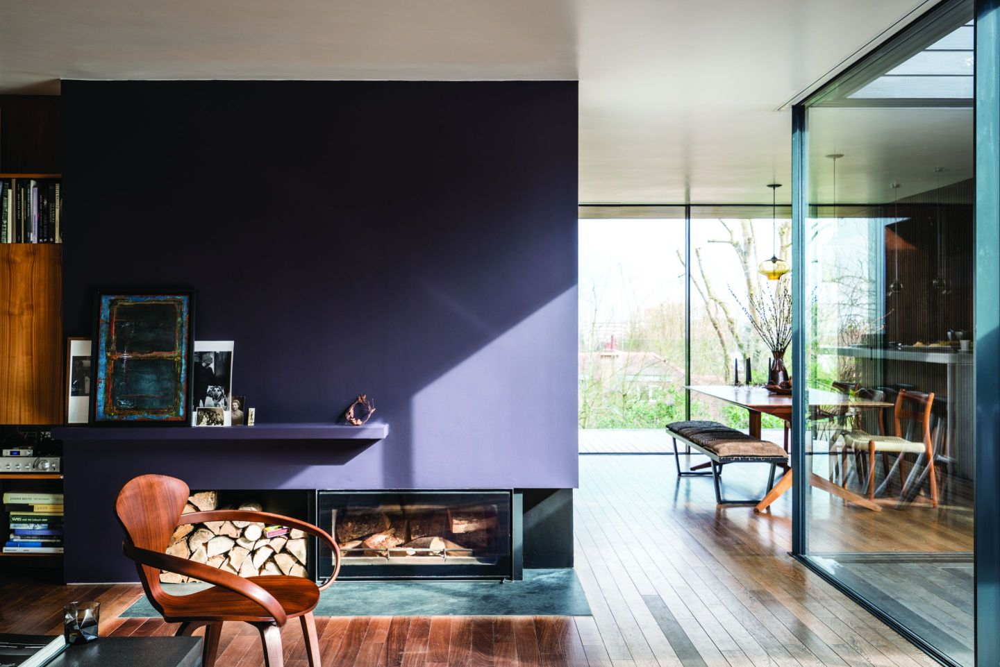 FarrowBall_2604401_PaeanBlackNo294.jpg-1440x961 Paint Inspiration: 20 Colorful Rooms We Love