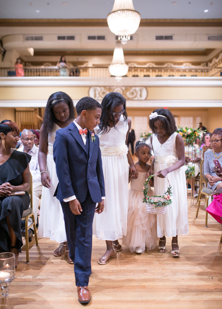 rzbojt8yvrcyripb7z76_big Charleston, SC Spring Wedding at Francis Marion Hotel