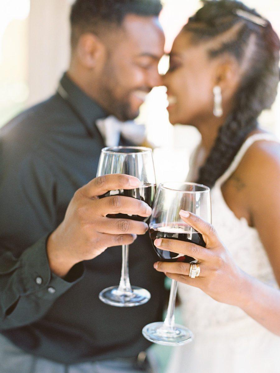 yc7guy3ze6byuynbud00_big Kansas City, Missouri Outdoor Wedding Inspiration