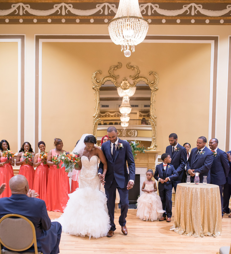 z6pjgwjyzsqttj3u9v65_big Charleston, SC Spring Wedding at Francis Marion Hotel