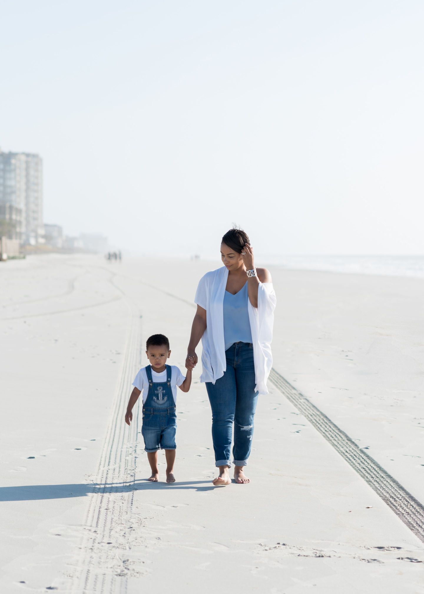 DSC_7892-1440x2016 Beach Family Photos: How To Make the Most of Your Beach Photo Shoot