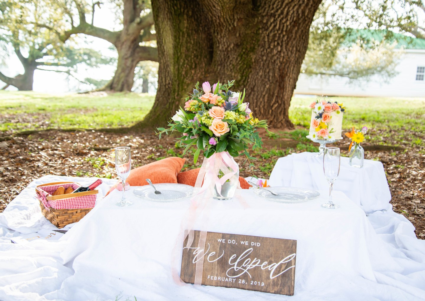 PamelaWilliamsPhotography_DSC2109_big Spring Entertaining: How to Host an Outdoor Dinner Party Inspiration