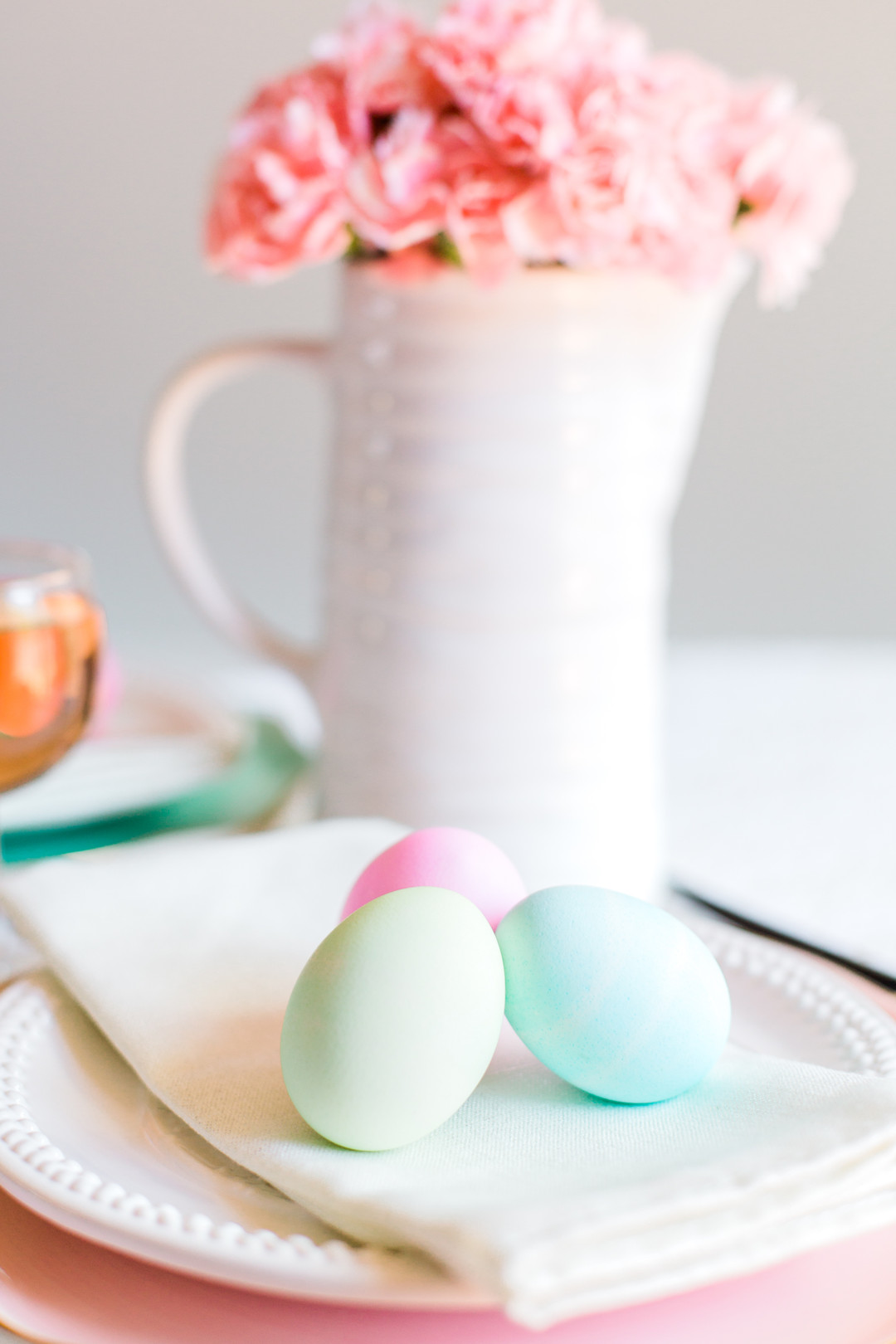 Staal_KristinaStaalPhotography_KristinaStaalPhotographyEasterTablescape201612_big Easy Entertaining: Easter Brunch Inspiration for Two