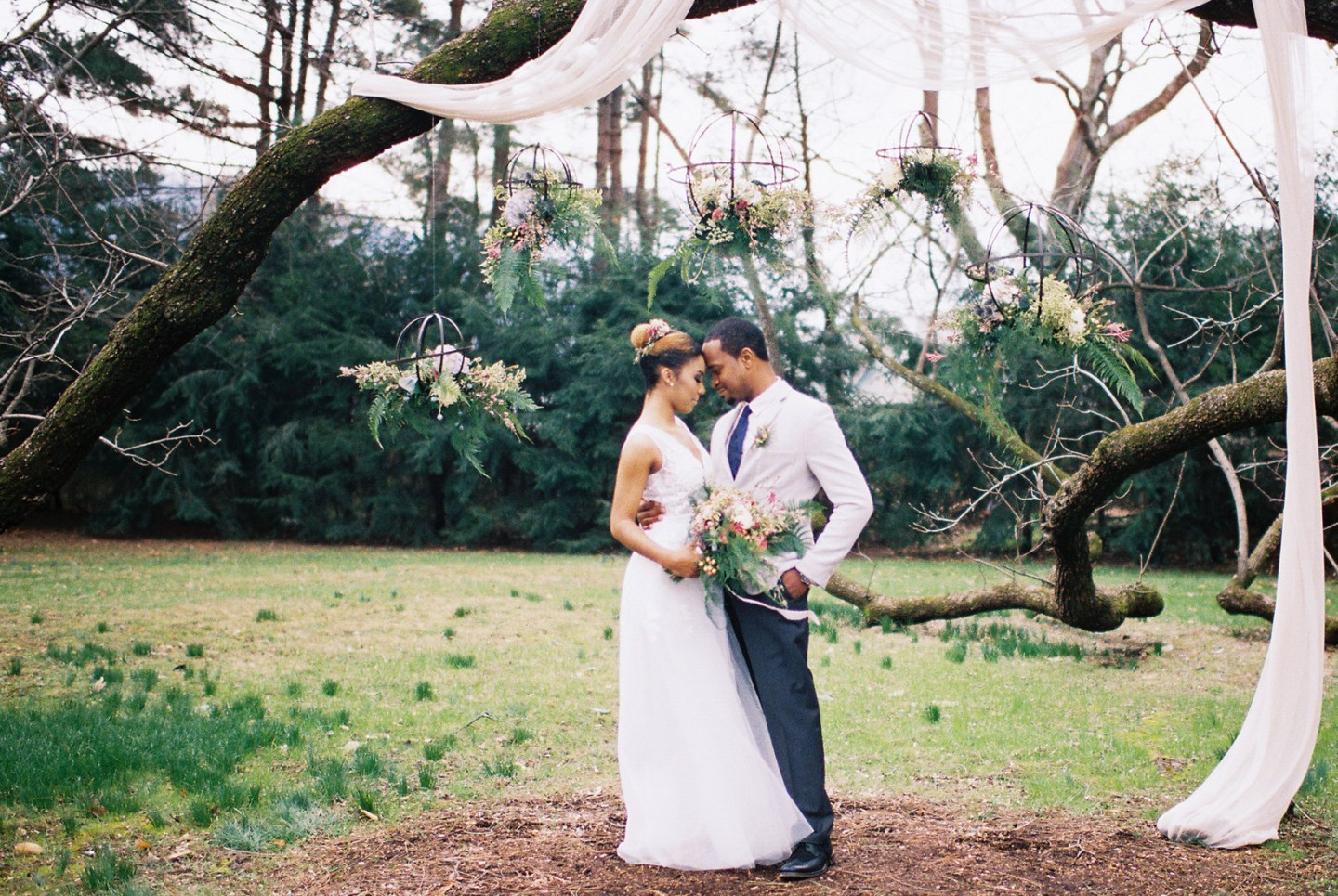4z83nqvzohtgdj7ugz80_big-1440x965 Hot Springs, NC Wedding Inspiration at Mountain Magnolia Inn