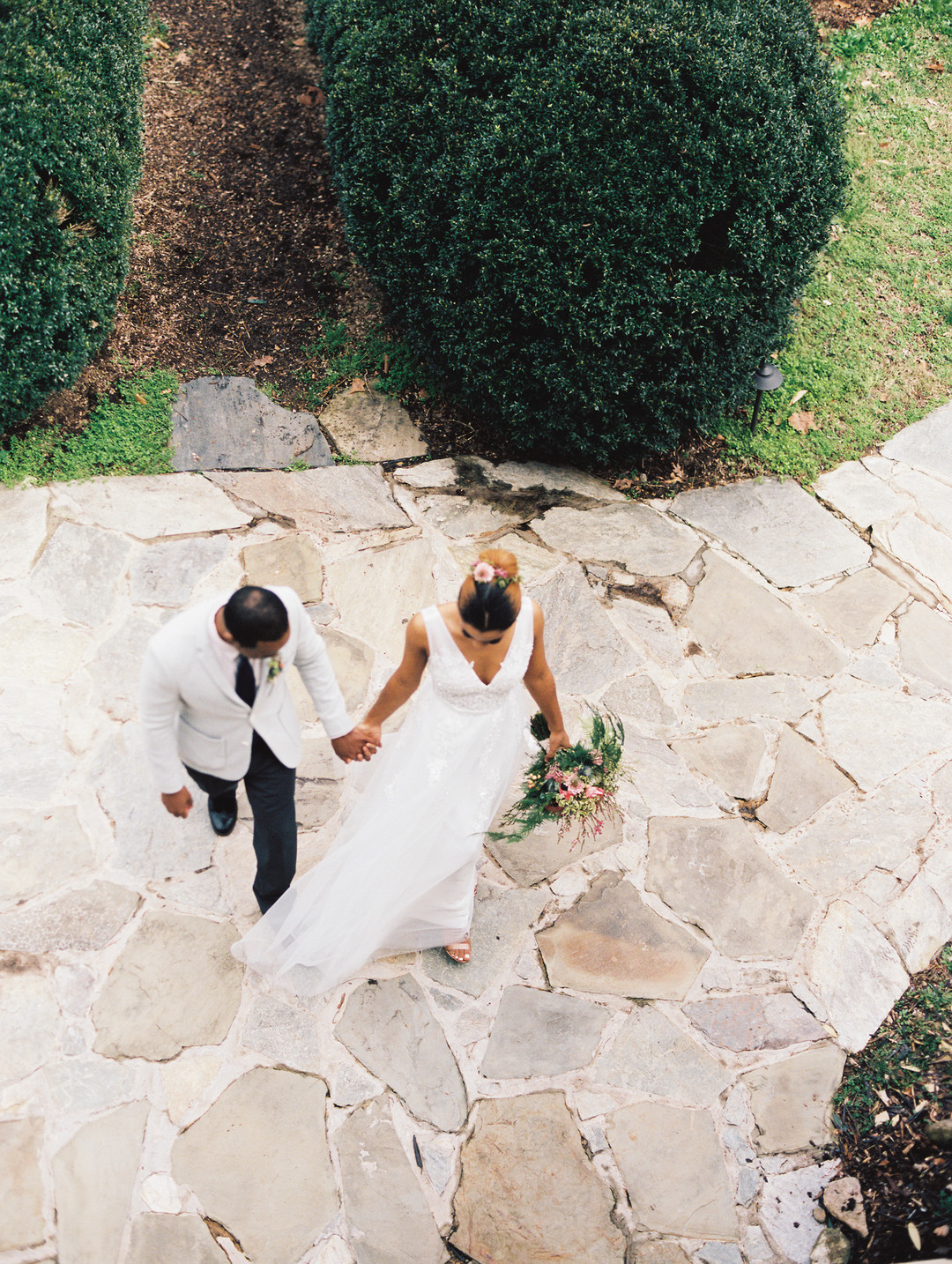 kc7wj7dooqt9hvxfto13_big Hot Springs, NC Wedding Inspiration at Mountain Magnolia Inn