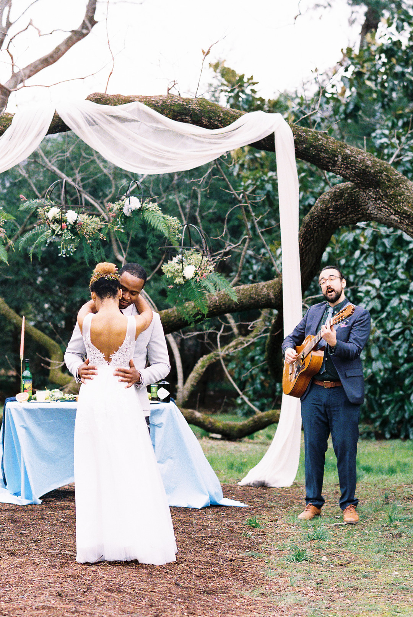 xc7425o5mqw5sgsmbc30_big Hot Springs, NC Wedding Inspiration at Mountain Magnolia Inn