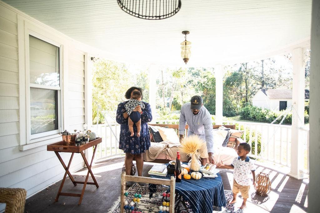 Tips for Hosting a Front Porch Dinner with Your Kids Powered by The Fresh Market's Market Meal Kits