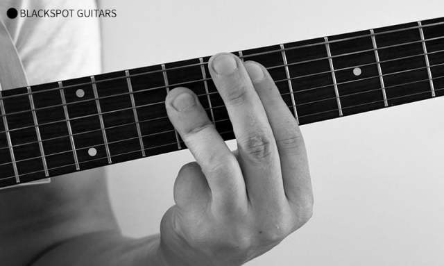 E Major Barre Guitar Chord Finger Position