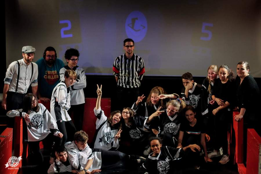 photo-groupes-finale-match-tournoi-impro-inter-college-toulouse