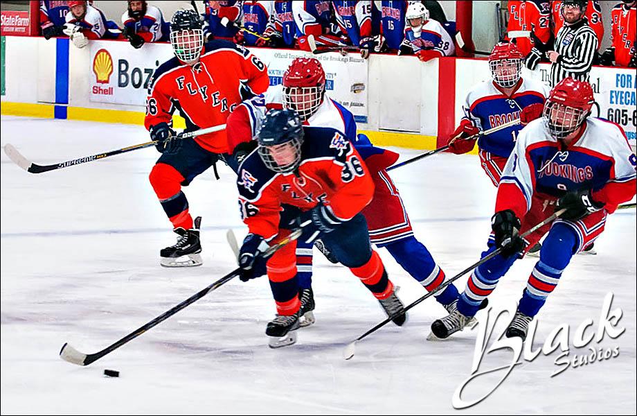 03-17 Hockey 5