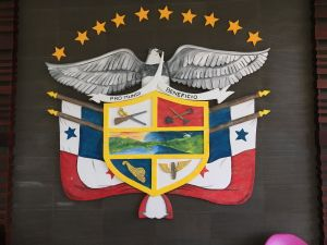 The Panamanian Crest