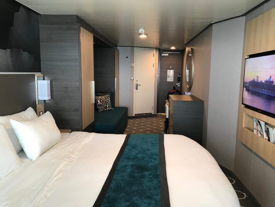 Cruise Cabin