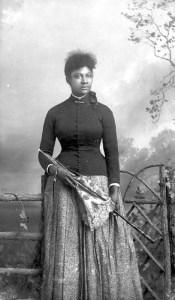 1469435868_244_Flash-Black-Photo-African-American-Woman.jpg