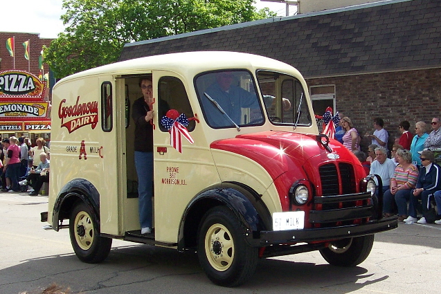 Restored dairy truck featured in parade