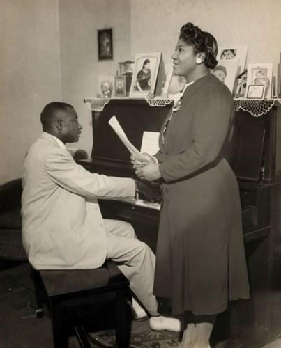 Black to the Music - Mahalia Jackson - A4 - Thomas Dorsey Accompanies Mahalia Jackson