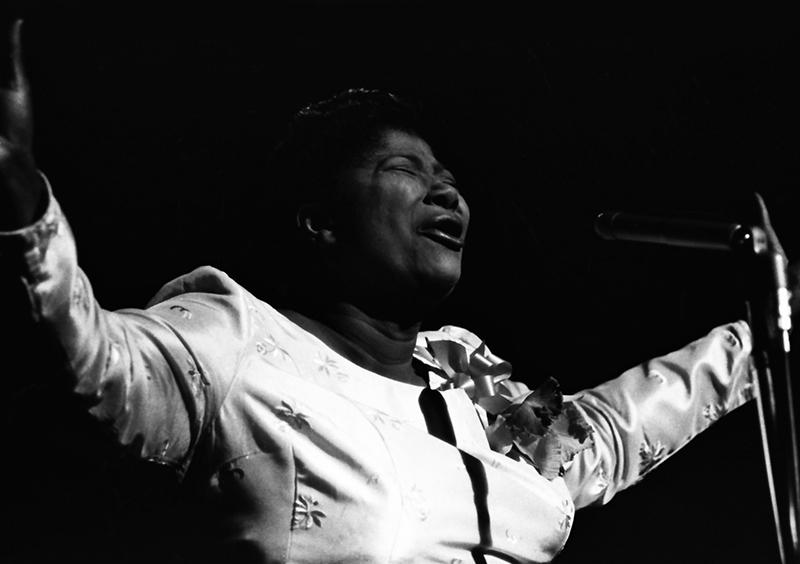 Black to the Music - Mahalia Jackson - A5 - Mahalia Jackson at Carnegie Hall in 1962 - (c) Jim Marshall