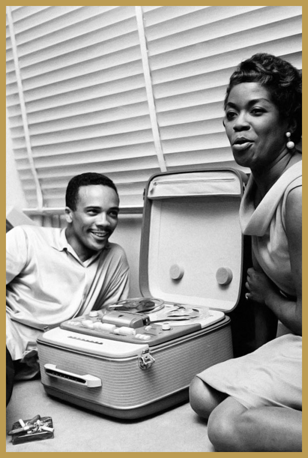 Black to the Music - 1958 Quincy Jones and Sarah Vaughan, Paris (photo Jean-Pierre Leloir)