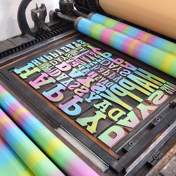 69_happy_days_wood_type_letterpress_forme_600_grande