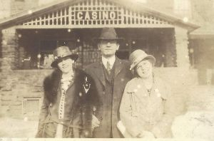 Mattie and Hattie Doggett - but who is this man?