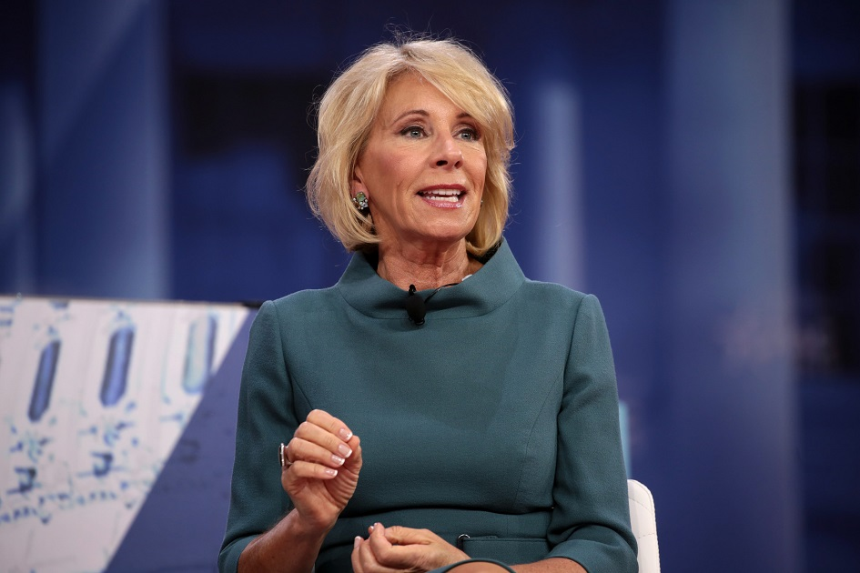 Betsy Devos Threat To Children With >> Betsy Devos To Roll Back School Racial Discrimination Rules Enacted