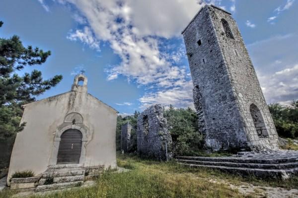 I površan pogled na napuštenu gradinu Hreljin otkriva njegovu stvarnu veličinu, tragove velikog i važnog grada