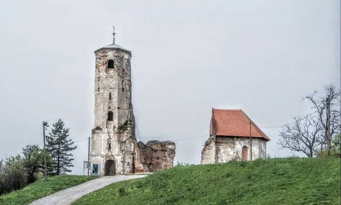 Na zemlji svetog Martina i danas stoji templarska crkva sagrađena na točki staroslavenskog svetog trokuta