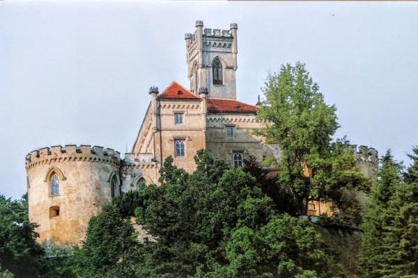 Napravit ću od Trakošćana, govorio je grof - takav grad, takav dvorac, kakvog neće biti nadaleko. Divit će mu se generacije, vidjet ćete!