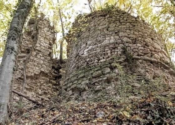 Stari grad Prekovršac Zrinski su sami razorili kad je postalo jasno da ga zbog gladi ne mogu braniti
