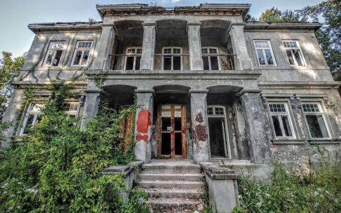 U smiraj života, Wagner je sanjao o vili u Samoboru i na bregima sagradio velebno zdanje, prvu vikendicu tog kraja koja danas stoji na rubu urušavanja