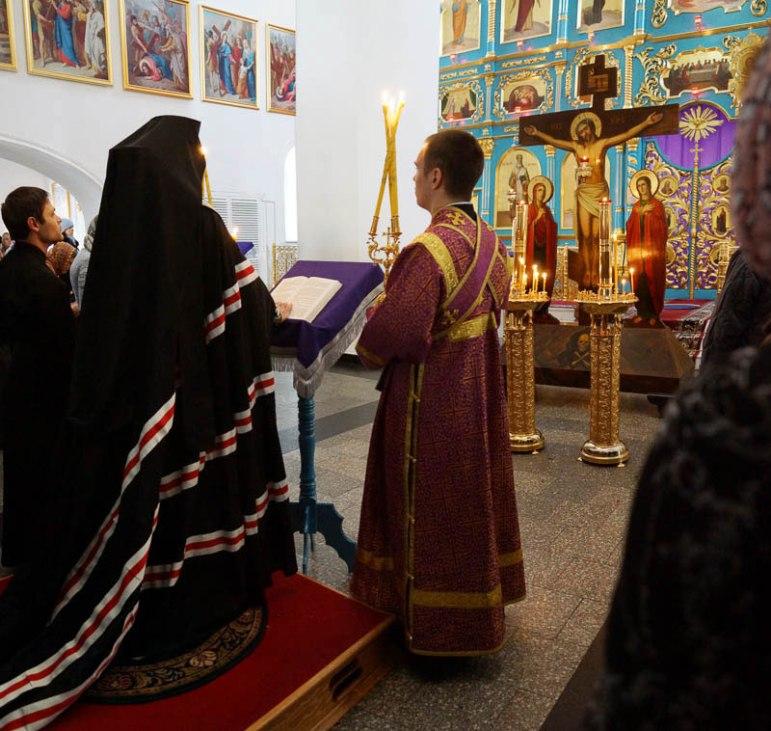 Чтение Великого покаянного канона в Благовещенском кафедральном соборе г. Благовещенска, март 2016 г.