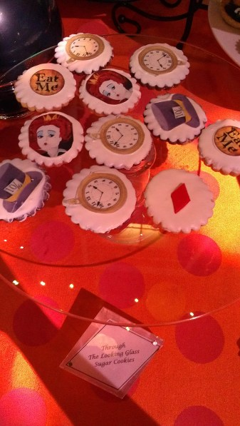 theme decorated cookies