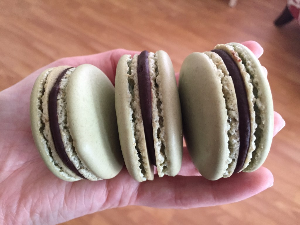 How To Make Beautiful French Macarons a.k.a. The Diva Cookie