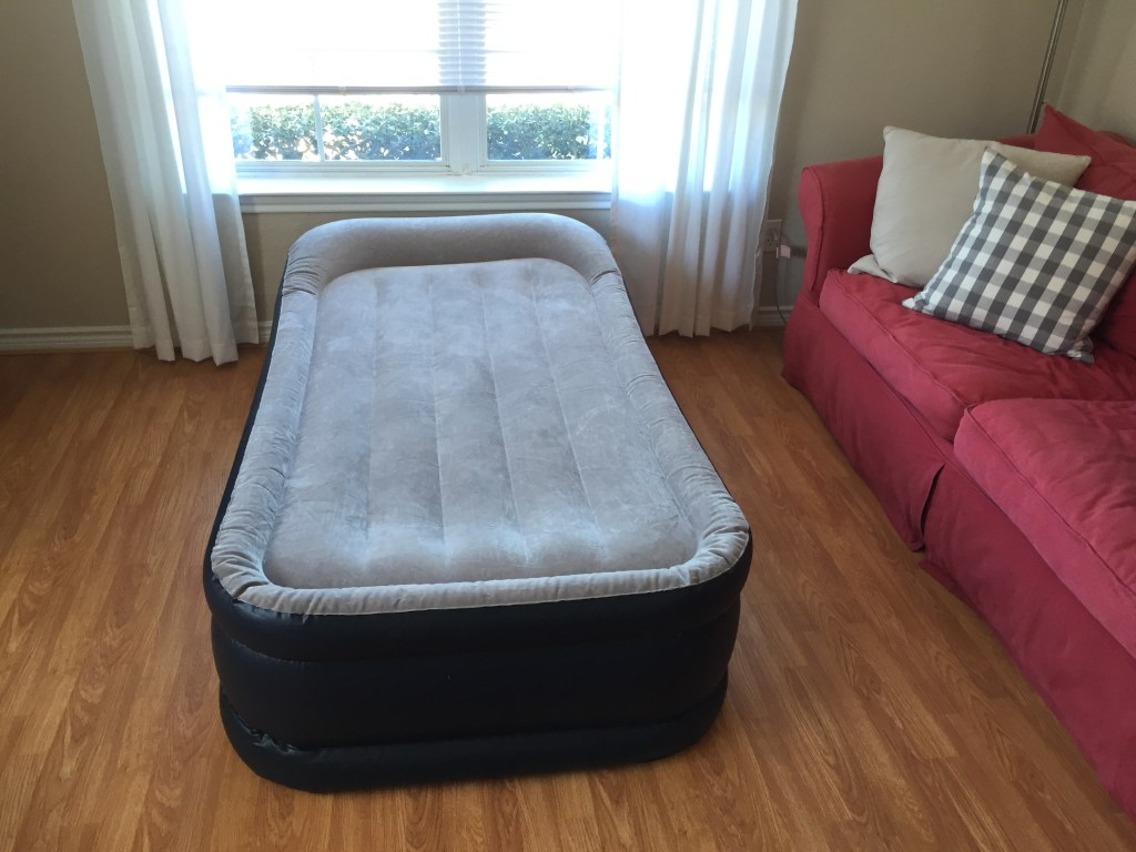 """Creating a """"Guest Spot"""" When You Don't Have a Guest Room   Blairblogs.com"""