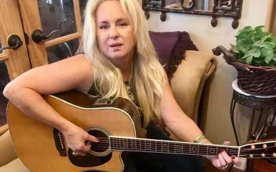 Check out this awesome singer/songwriter!