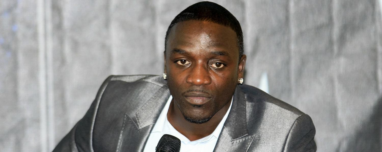 Akon parle humanitaire et religion au Festival Mawazine 2015