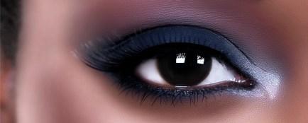 regard sombre et smoky eyes