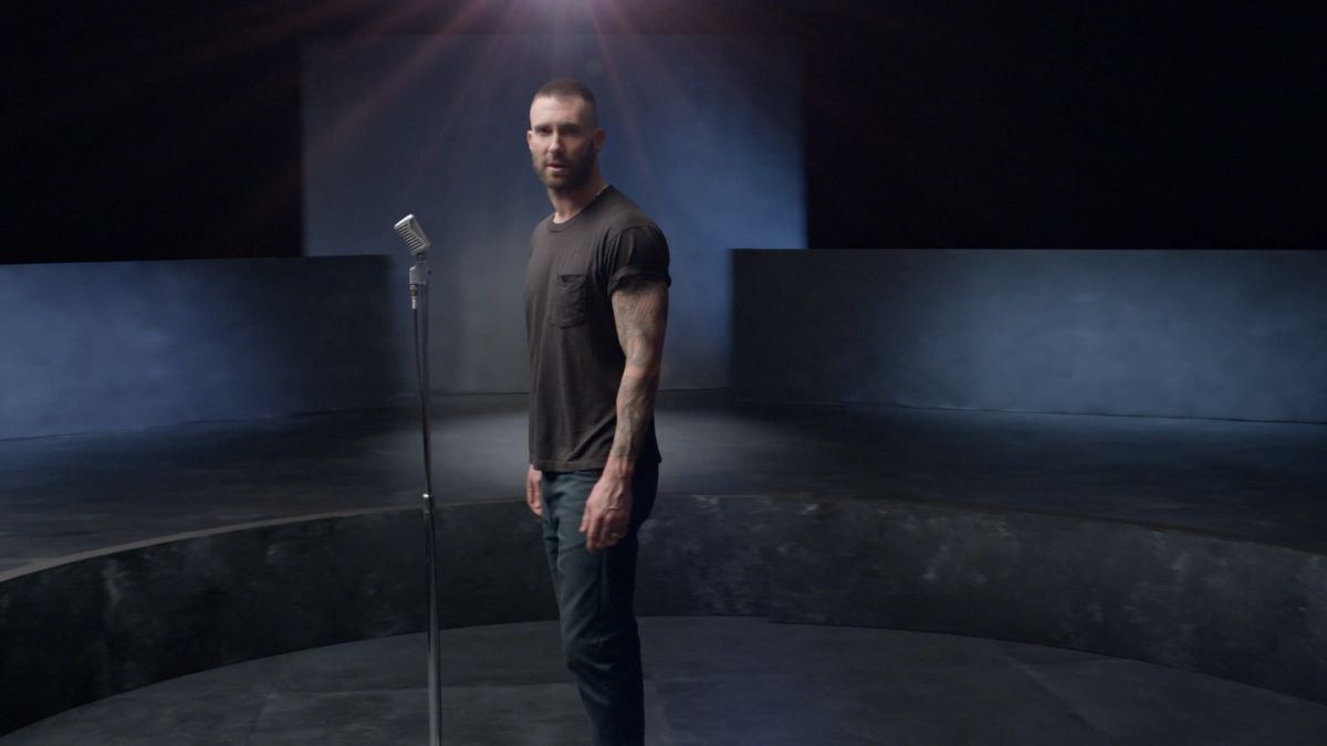 Video Premiere: Maroon 5 - Girls Like You (Feat. Cardi B)