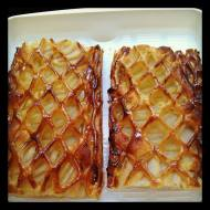 Pear and almond jalousie