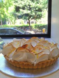Tarte aux citron with piped meringue top