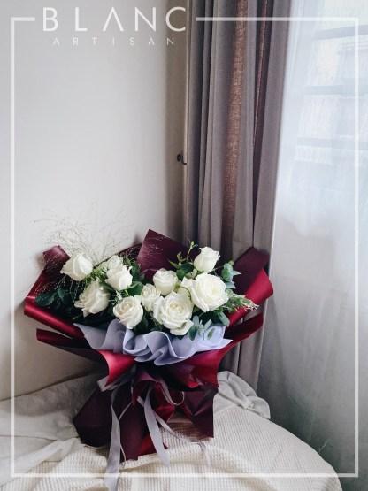 🌹 DIAMOND - WHITE ROSES BOUQUET