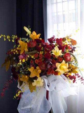 PANDORA   Opening Flower Stand