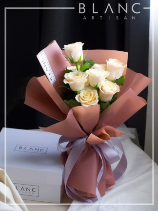LATTE - PEACH ROSES | ROSE DYNASTY | BLANC SIGNATURE