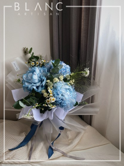🌸  HERA - BLUE PEONIES BOUQUET DELIVERY
