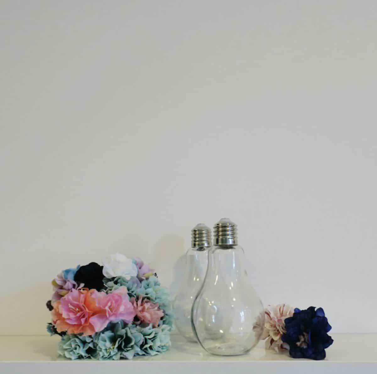 Bombillas con flores - materiales